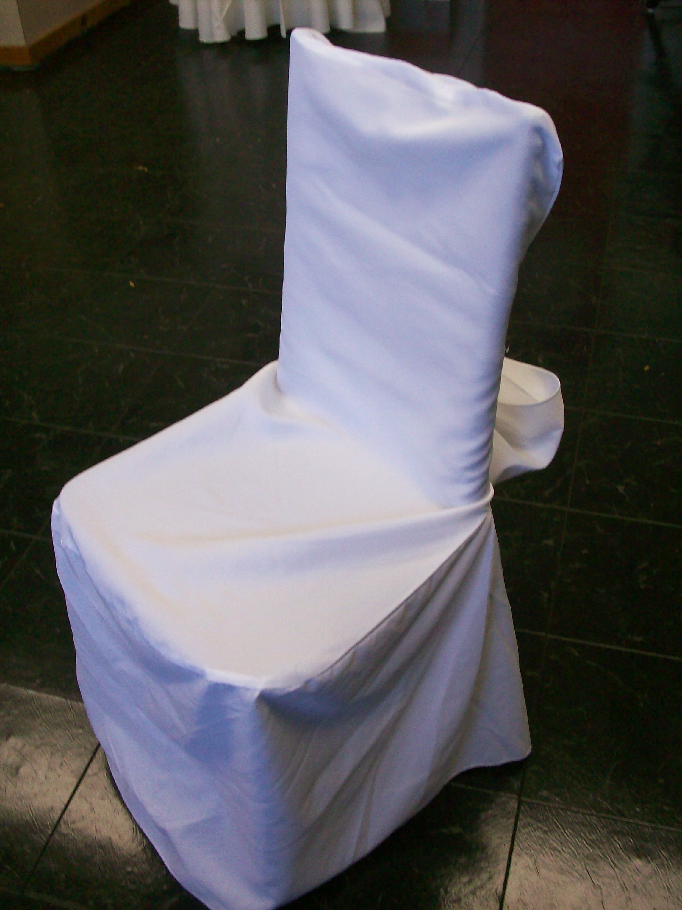 chair cover with sash 08